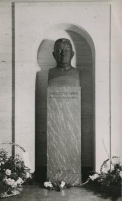Buste af Rosenvige B014921
